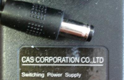 Tápegység 9V/300mA/K+ (CAS: SW-1S)